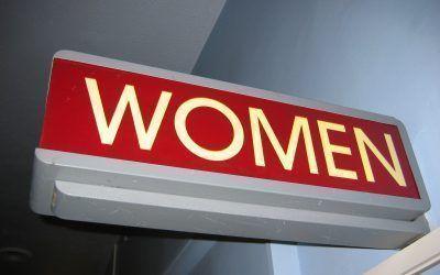 La salud laboral y el bienestar emocional de las mujeres directivas y empresarias en el Women Evolution